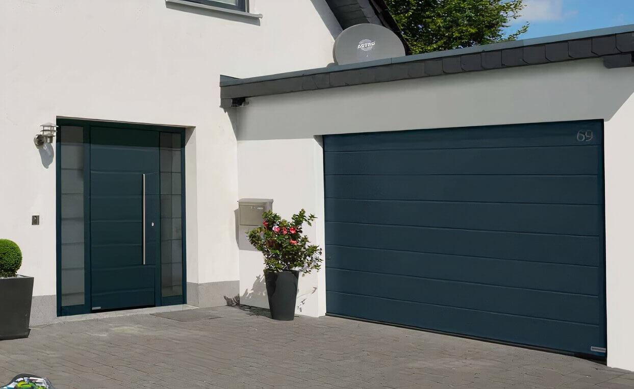 The Benefits of a Sectional Garage Door